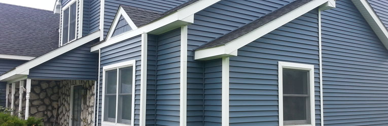Vinyl siding installation contractor Sask